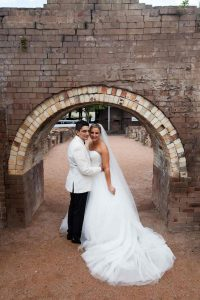 sydney-wedding-bride-and-groom-holroyd-brick-works-park-2099-20170218-SAV-min