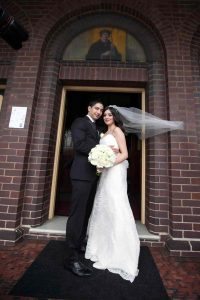 sydney-wedding-bride-and-groom-outside-church-1337-20170304-CAM-min