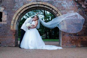 sydney-wedding-bride-and-groom-veil-caught-by-breeze-1935-20170218-SAV-min